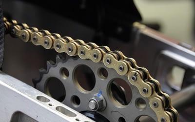 Les outils pour changer la chaine de moto