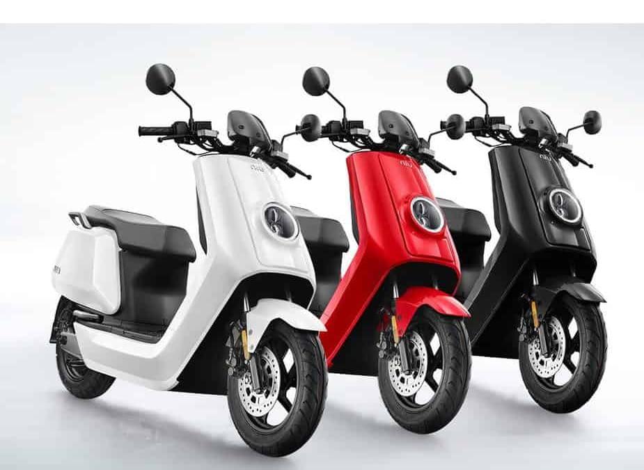 3 scooters électrique niu n1s