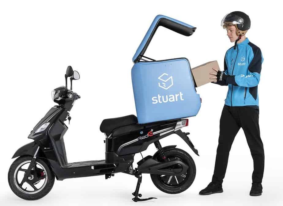 un scooter électrique rede-pro