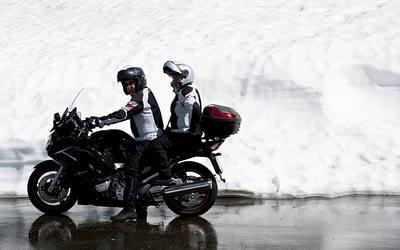 5 étapes essentielles avant de rouler avec sa moto l'hiver