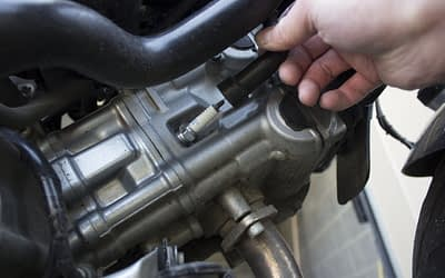 Comment changer la bougie de sa moto ?